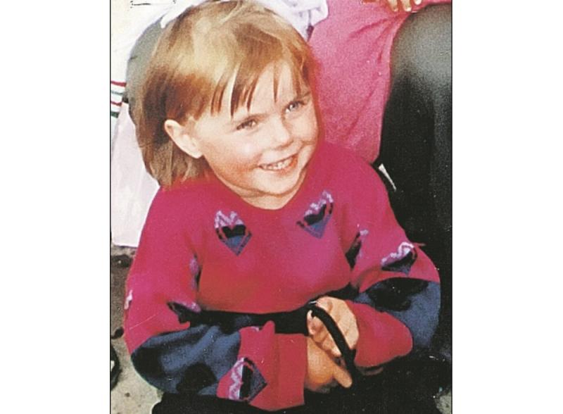 4-летнюю Олю украли цыгане и обменяли на золото. Спустя 17 лет она нашла родную семью и стала «королевой красоты»